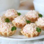 Нежный заливной пирог с ягодами